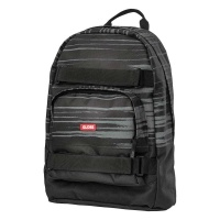 globe_thurston_backpack_shadow_1