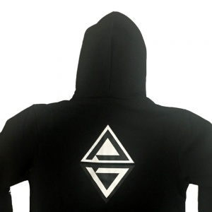 ade_shoes_madness_zip_hood_black_3