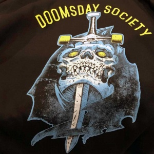 doomsday_broken_mind_zip_hoodie_black_3