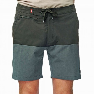 globe_horizons_boardwalk_short_black_1