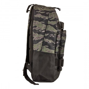globe_thurston_backpack_tiger_camo_2_244148399